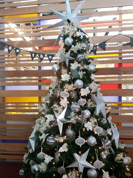 Christmas Tree Masterpiece, Silver Stars