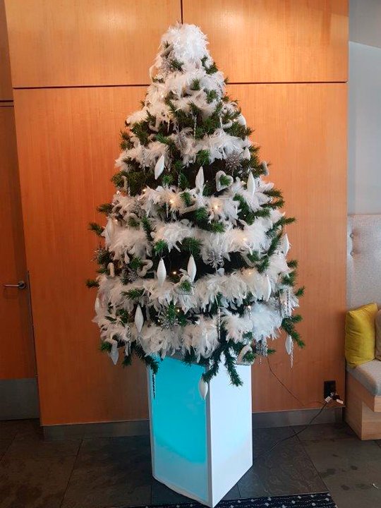 Christmas Tree Masterpiece, White Feathers and Silver