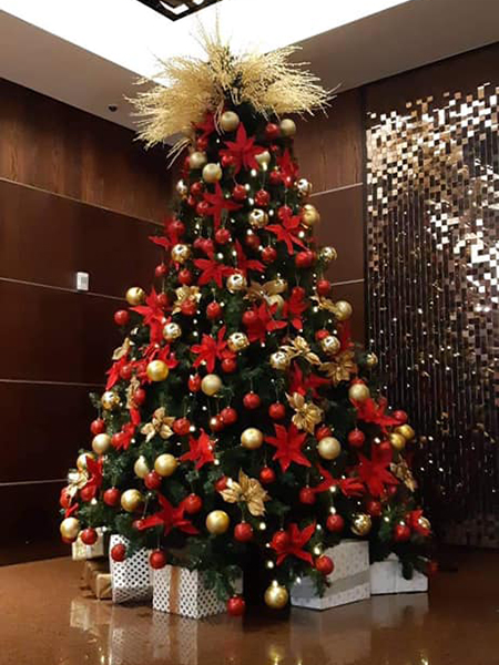 Christmas Tree #12, Intercontinental